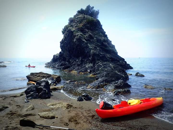 Kayaking between Quercianella and Castiglioncello, Tuscany